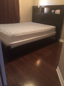 queen bed *perfect condition*