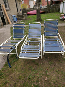 Samsonite lounger chairs, ready for poolside!
