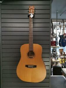 Magnifique guitare acoustique de marque Cort, model cedar grand op, en super bon état pour seulement 299.99$!! (Z031752)