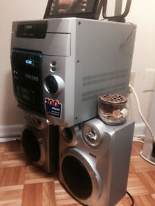 RCA Stereo CD/Tape/Mp3/Radio station with 2 large speakers