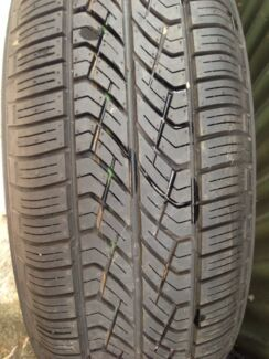Brand New Yokohama tyre and rim p215/50 R16 94H