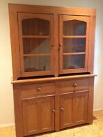 Reduced! Antique flat to wall pine hutch
