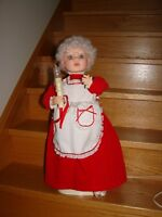 Mrs. Claus *animated*      25 inches tall