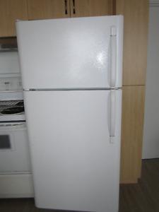 Réfrigérateur en excellente condition