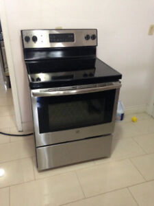 "GE Stainless Steel 30"" Ceramic Flat Stove For Sale"