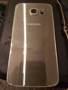 Want to sell my Samsung Galaxy S6 (GOLD)