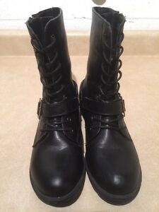 Women's A.Co Boots Size 8 London Ontario image 4
