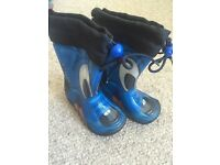 Boys wellies size 5.5