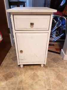 Bed side tables $20