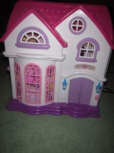 DOLL HOUSE!!  (Everything folds inside!!) Kawartha Lakes Peterborough Area image 2