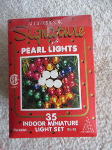 BELL SHAPED LIGHTS AND MINIATURE PEARL LIGHT SET