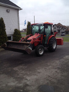 Tracteur CASE farmall 45