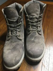 Women's size 10 Timberland boots
