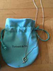 Tiffany necklace for sale, in perfect condition