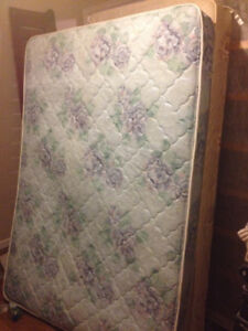 double mattress/boxspring  $160 769-9192