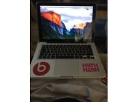 Apple MacBook Pro 250GB with Microsoft office and Adobe CS5