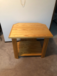 Prime Table Buy And Sell Furniture In Moose Jaw Kijiji Classifieds Short Links Chair Design For Home Short Linksinfo
