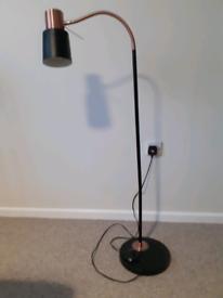 Reading Lamp (Flexible height adjustment)
