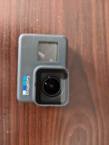 GoPro Hero 6 w/ 32gb Micro SD card & GoPro Tripod