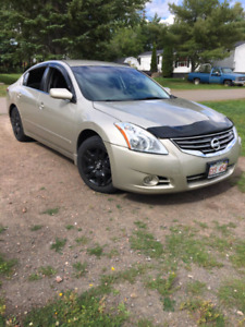 2010 Nissan Altima S. Text/Call 514-349-5599
