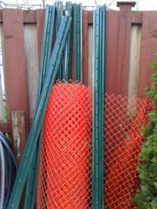 2 rolls 4ft safety fence with 11 U-Posts