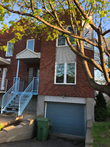Magnificent semi-detached house in Lasalle (July 1st)
