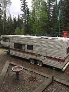 Prowler 5th wheel trailer