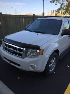 Active 2009 Ford Escape XLT AWD with 93330 Kms