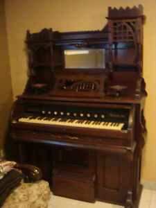 PIANO ( ANTIQUE OVER 200 YEARS OLD)