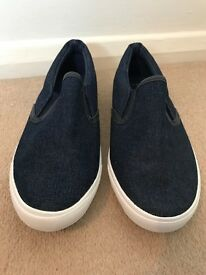 Women's Brand New Size 6 Wide Fit Denim New Look Slip-Ons