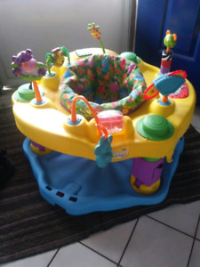 Evenflo mega exersaucer