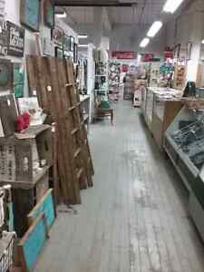 Stamps, sportscards, coins, ladders, tools plus 600 booths  Kitchener / Waterloo Kitchener Area image 5