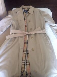 Authentic Burberry ladies trench coat size L