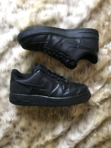 bc6cf16cd460 Nike Air Force One - Triple Black ( Size 8.5 men s)