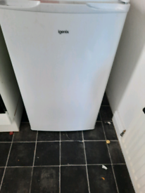 Igenix fridge freezer