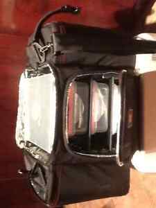 6 Pack Fitness Innovator 300 (3 Meal Bag) - Stealth, 1 Unit USED West Island Greater Montréal image 2