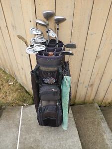 Ladies Right Hand Wilson Ultra 45 Golf Clubs with Bag