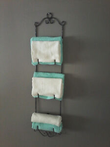WROUGHT IRON TOWEL,PLATE OR PICTURE HOLDER