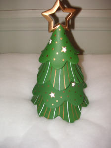 NEW PARTY LITE CHRISTMAS TREE CANDLE HOLDER