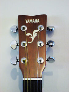 Yamaha FG403 Acoustic Guitar North Shore Greater Vancouver Area image 2