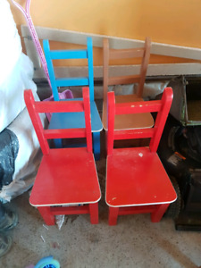 Little kids chairs $5 each
