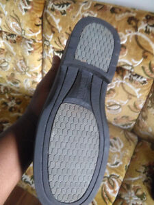 St Thomas steel toes SHOES $10 London Ontario image 2