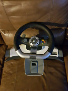 Xbox 360 steering wheel ,gas and brake pedal controls