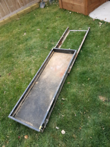 Slide out tray