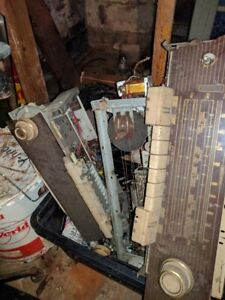 antique tube radio chassis and parts