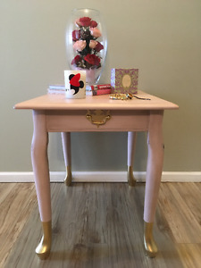 Shabby Chic Gold Dipped Queen Anne Leg Solid Wood Side Table