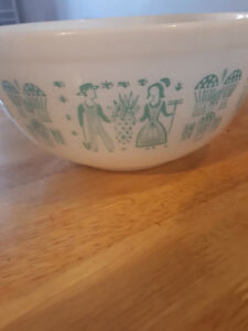 Vintage PYREX Turquoise Amish Butterprint Rooster Mixing Bowl