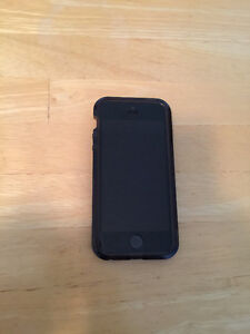 PRICE REDUCED!! 16GB iPhone 5S with case