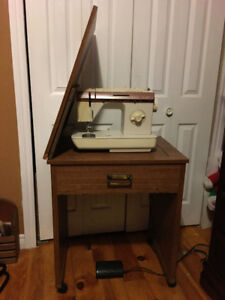 Singer sewing machine and desk