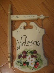"BEAUTIFULLY HAND-CRAFTED ""WELCOME"" HOUSE SIGN"